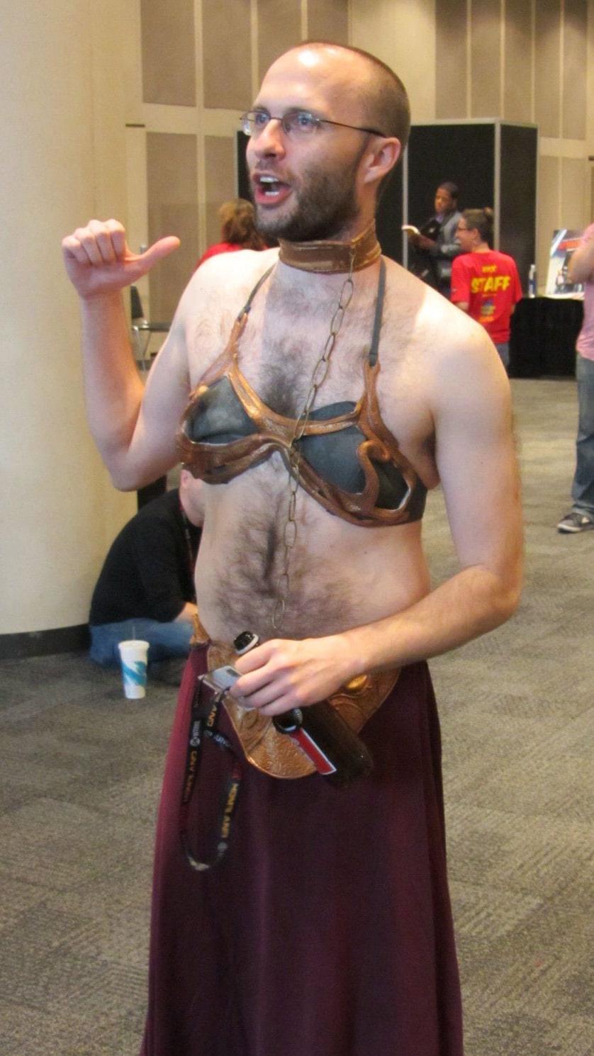 jouets gender-bending-metal-bikini-leia-